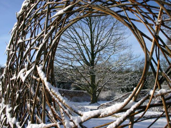 Willow sculpture in the snow